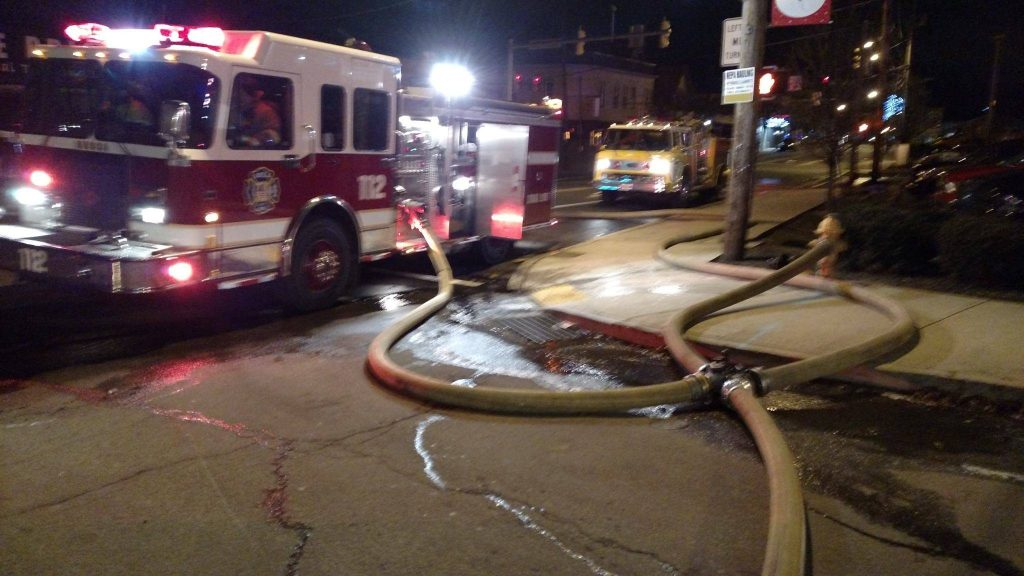 Engine goes First due on 2nd alarm Oak Street Fire