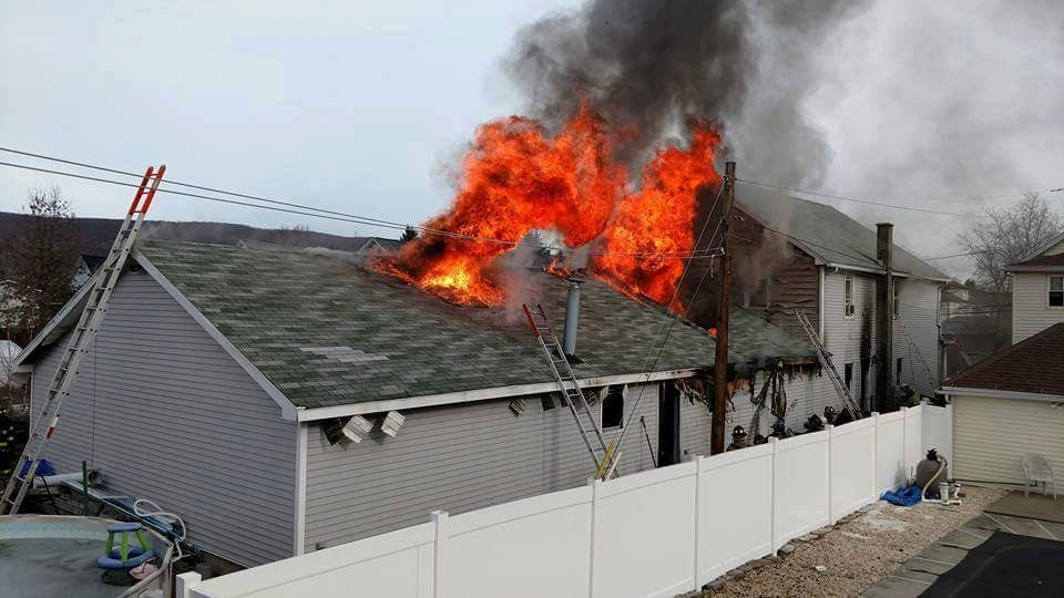 93 Engine takes first due on multi-alarm working fire